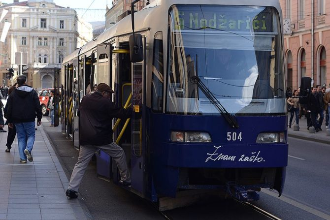 Ulazak u tramvaj