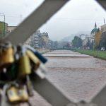 Ajfelov most, skenderija, katanci
