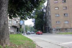 Zgrada Grbavica, Longitudinala