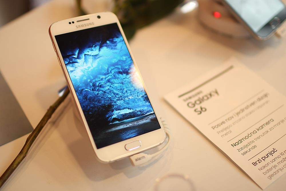 BH Telecom, Samsung 6